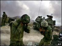 Soldados israelíes en la frontera.