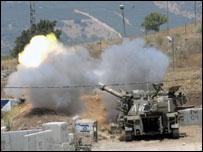 آلية عسكرية إسرائيلية تقصف جنوب لبنان