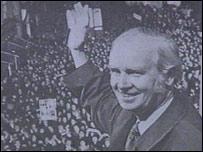 Gwynfor Evans yn 1966