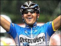 Yaroslav Popovych celebrates his victory