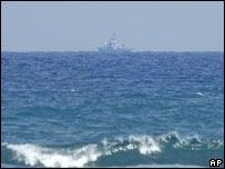 بارجة حربية إسرائيلية في السواحل اللبنانية