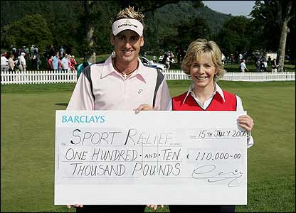 Ian Poulter presnts a cheque to the BBC's Hazel Irvine