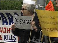 Anti-Tesco campaigners