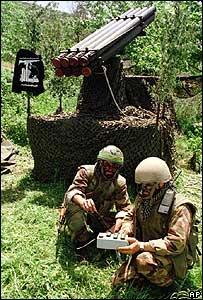 Hezbollah rocket crew (archive picture)