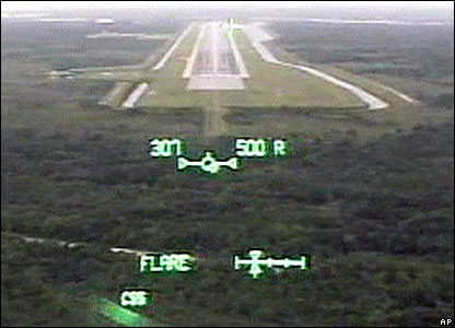 The view of the runway from the shuttle (Nasa TV image)