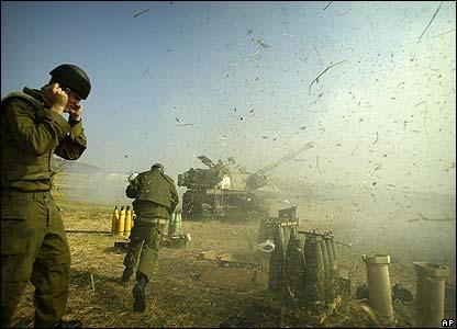 Israeli gunners fire artillery shells into Lebanon
