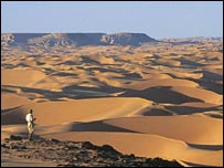 View of the Great Sand Sea of Egypt from the Gilf Kebir Plateau. Image: Science