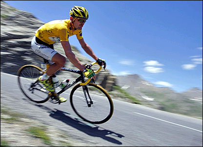 Race leader Floyd Landis descends the Col du Galibier