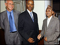 Nepalese Deputy Prime Minister KP Sharma Oli (right) with UN officials