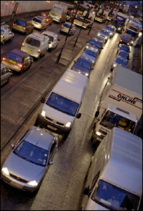 Traffic jam on a London road (BBC)
