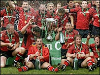 Munster celebrate their victory over Biarritz