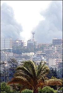 Bombardeos en la ciudad de Tiro, al sur de Líbano.