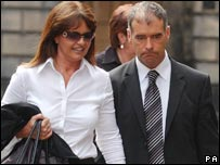 Tommy Sheridan leaves court with wife Gail