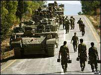جنود اسرائيليون قرب الحدود مع لبنان