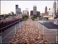 Spencer Tunick's photograph of nudes in Ohio