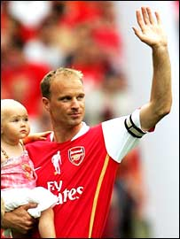 Dennis Bergkamp cradles daughter Yasmin