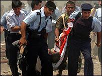 يسقط العشرات يوميا بسبب العنف في العراق