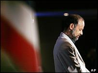 Akbar Ganji as he receives a press freedom award in Washington on 17 July 2006