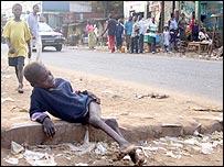 Child in the street in Mbuji Mayi