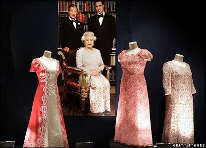 http://newsimg.bbc.co.uk/media/images/41929000/jpg/_41929022_queen8_getty.jpg