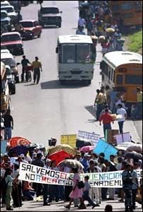 Protest closes highway in Honduras