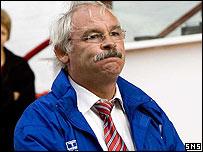 Dunfermline manager Jim Leishman
