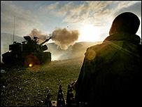 Israel tank opens fire towards Lebanon