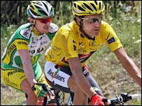 Landis' yellow jersey will go to Oscar Pereiro if the B test is positive too