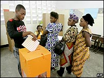 Voters cast their ballots in Kinshasa