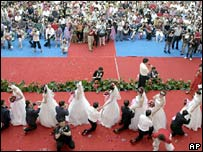 A mass wedding in Changchun on 30 July