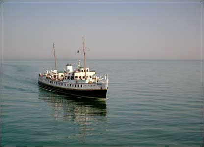 The Balmoral approaching Llandudno Pier, sent by Brian Williams