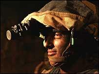 Israeli combat soldier on border