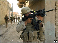 US troops in Samarra (October 2004 file picture)