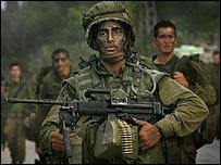 Israeli soldiers return from Lebanon