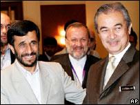 Malaysian premier Abdullah Badawi and Iranian President Mahmoud Ahmadinejad