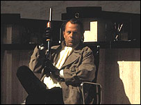 Bruce Willis in the film Bandits