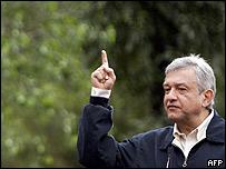 Andrés Manuel López Obrador, del PRD