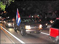 Cubanos se manifiestan en la Calle Ocho de Miami