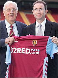 Aston Villa chairman Doug Ellis (left) and manager Martin O'Neill