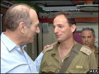 Israeli PM greets Israeli soldiers