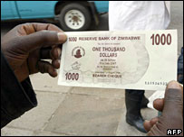 A new $1,000 Zimbabwe dollar bank note