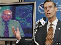 Conrad Lautenbacher, administrador de la NOAA