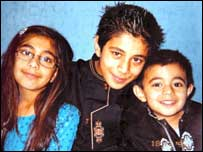 Azar Iqbal's children, pic courtesy of MEN syndicaton