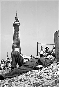 Sunbather in Blackpool, 1940s. Pic courtesy of English Heritage (Seasides of the past)