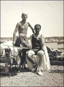 Salvador Dali (left) and Federico Garcia Lorca in Cadaques, summer of 1927.