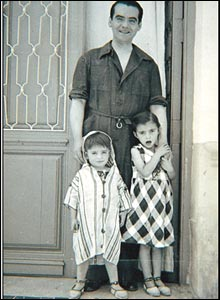 Lorca with his nephew Manuel and niece Tica Fernandez-Montesinos Garcia, Granada, 1935.