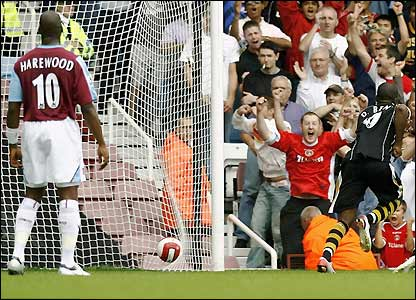Darren Bent celebrates after scoring
