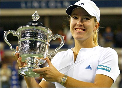 Justine Henin wins the US Open in 2003