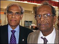 Dr K Somasundara Rajah (l) and Dr VP Narayan Rao