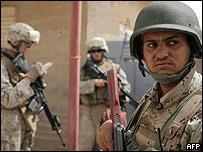 Infantes de marina en Irak